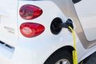"""Długa droga do """"elektromobilności"""""""